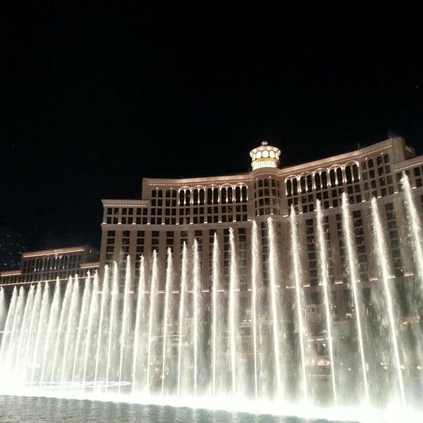 Photo prise au Bellagio Hotel & Casino par Tyler W. le4/23/2013