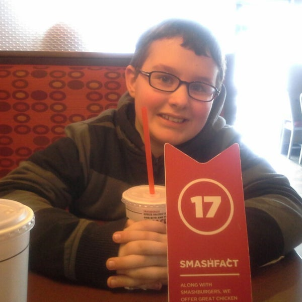 Photo taken at Smashburger by Sherry G. on 3/1/2014