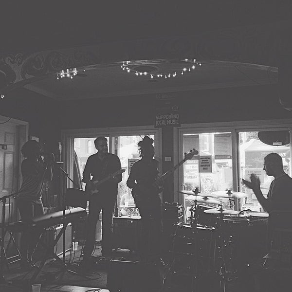 Photo taken at Joe Squared Pizza & Bar by Aaron B. on 7/27/2014