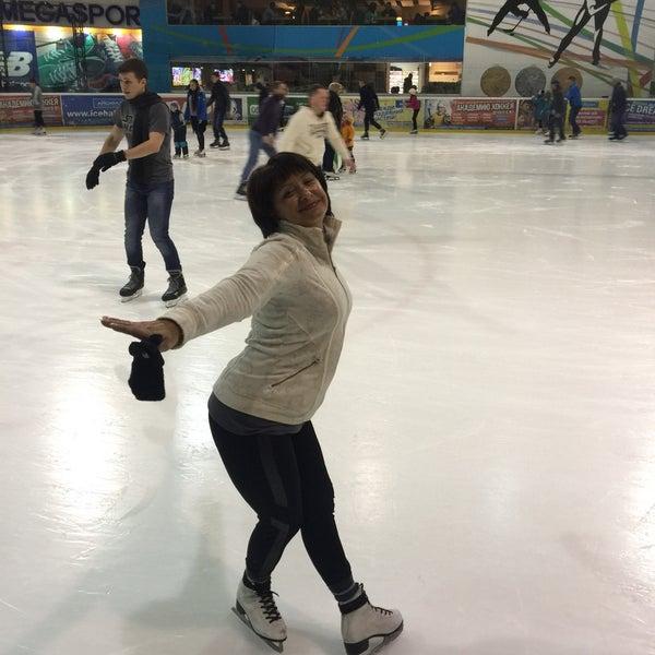Снимок сделан в Айс Холл / Ice Hall пользователем Tatiana B. 1/29/2017