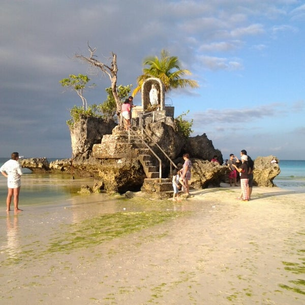 Where's Good? Holiday and vacation recommendations for Boracay Island, Philippinen. What's good to see, when's good to go and how's best to get there.