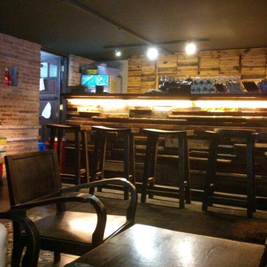 Photo taken at Lộc Vừng Café by Meg D. on 1/12/2013