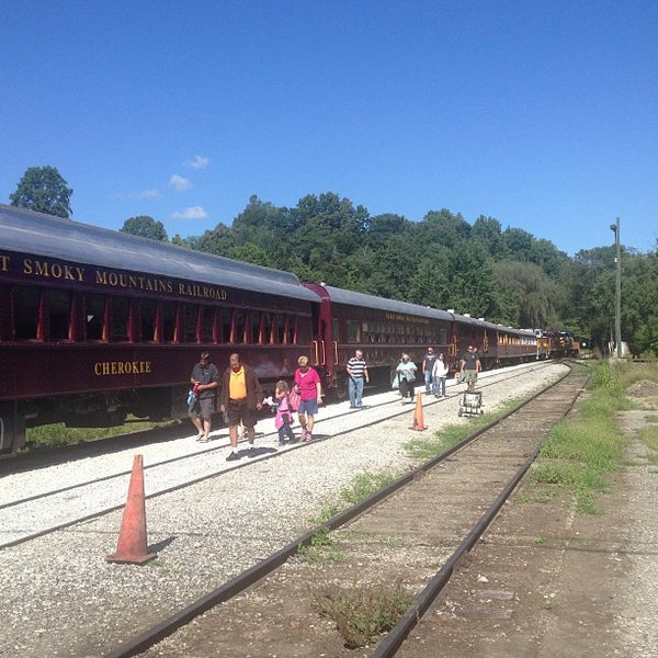 Photo taken at Great Smoky Mountain Railroad by Harold H. on 9/14/2013