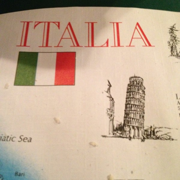 photo taken at valerios italian restaurant pizzeria by debbie h
