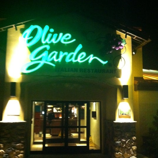 Olive Garden - The Marketplace at Vernon Hills - 701 N Milwaukee Ave