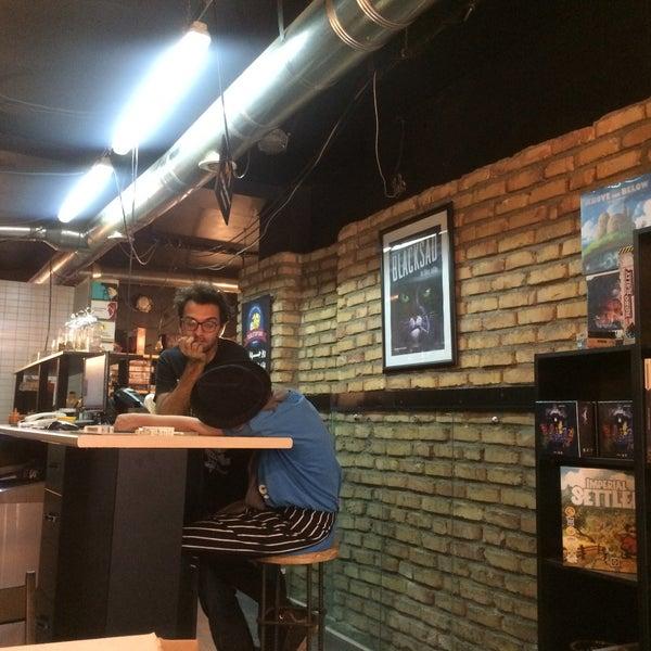 Photo taken at Board Café by Fateme A. on 5/25/2017