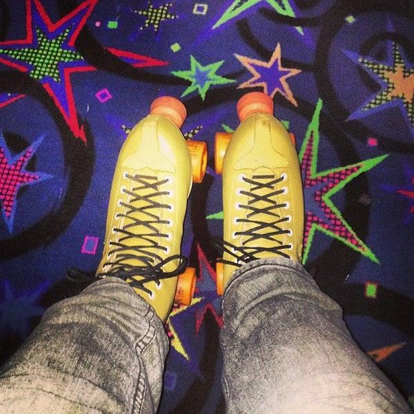 Das Foto wurde bei Skate Town von Jonathan G. am 2/25/2013 aufgenommen