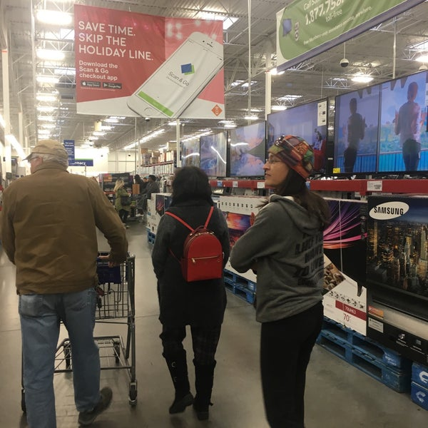Photo taken at Sam's Club by Keith F. on 12/19/2016