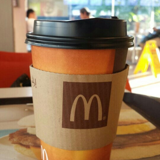 Photo taken at McDonald's by Cazz S. on 5/14/2015