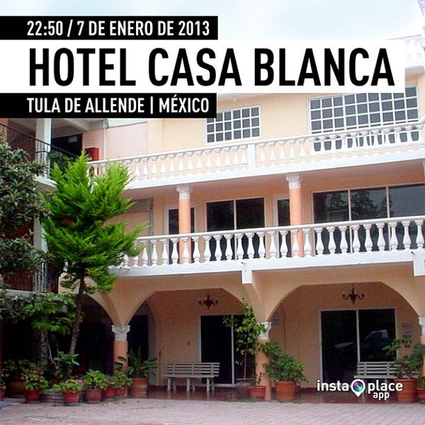 Photo taken at Casablanca Tula Hotel by miguelaranamx on 1/8/2013