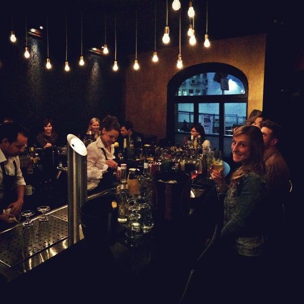 Blauer fasan bar bremen cocktail bar in bremen for Designhotel bremen