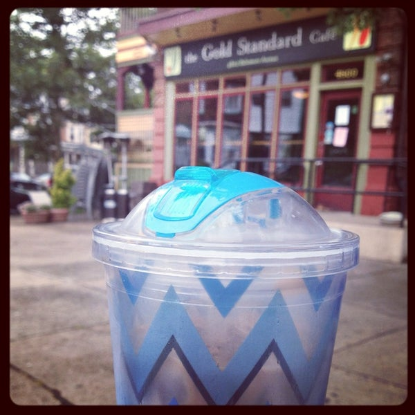 Photo taken at Gold Standard Cafe by Brooke N. on 8/8/2013