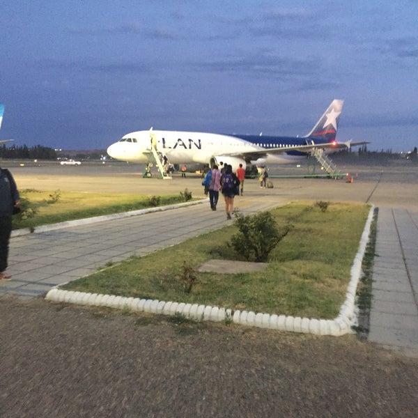 Foto tomada en Aeropuerto Internacional del Neuquén - Presidente Juan D. Perón (NQN) por Facundo C. el 12/24/2016