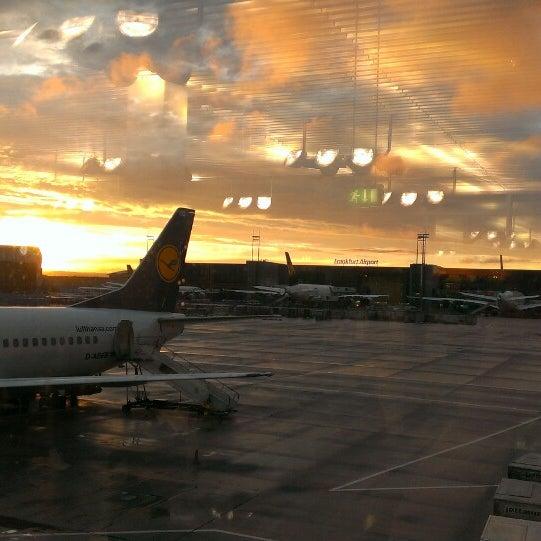 Das Foto wurde bei Frankfurt Airport (FRA) von Helena H. am 7/28/2013 aufgenommen