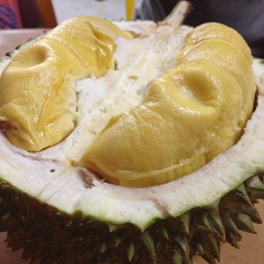 """Photo prise au """"Combat"""" Top Quality Durian par Junnita S. le12/27/2012"""