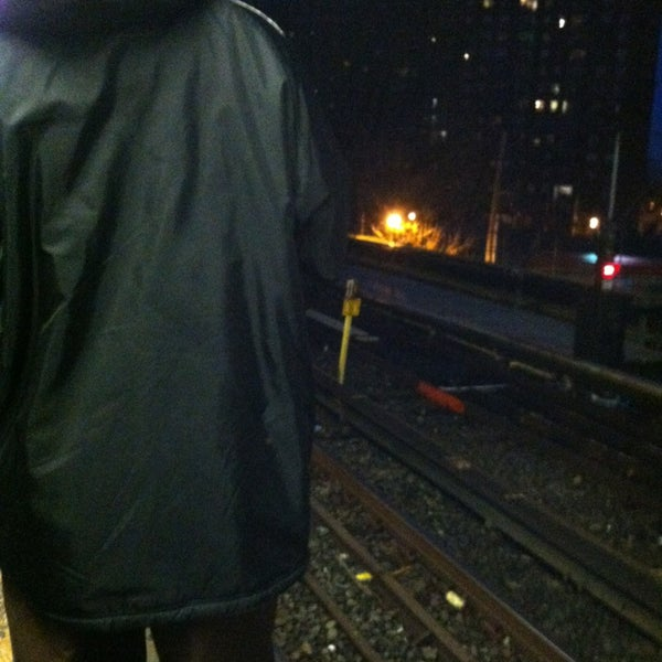 Photo taken at MTA Subway - Baychester Ave (5) by Alcibiades D. on 1/29/2013