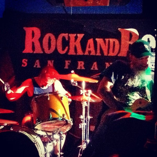 Photo taken at Bender's Bar & Grill by Susie D. on 9/15/2013