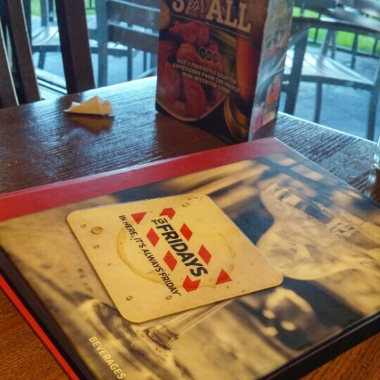 Photo taken at TGI Fridays by Bagga B. on 5/7/2015