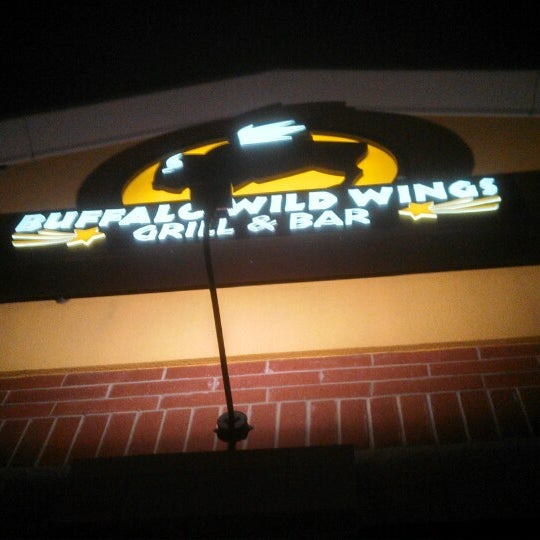 Photo taken at Buffalo Wild Wings by Scott S. on 3/1/2014