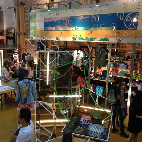 Photo taken at Urban Outfitters by Dilek E. on 7/20/2013