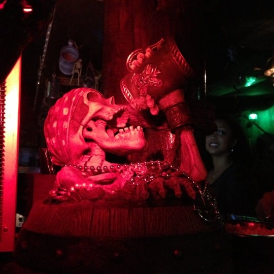 Photo taken at Piratz Tavern by Suzanne Vegan M. on 11/2/2012
