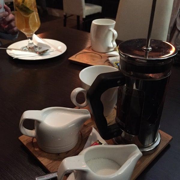 photo taken at violet caf by kamyar 7 on 37 - Violet Cafe 2015