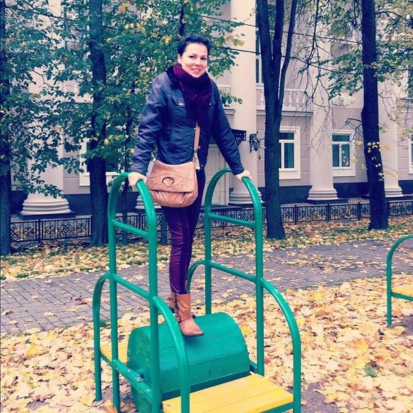 Снимок сделан в Щемиловский детский парк пользователем Alexander M. 10/7/2012