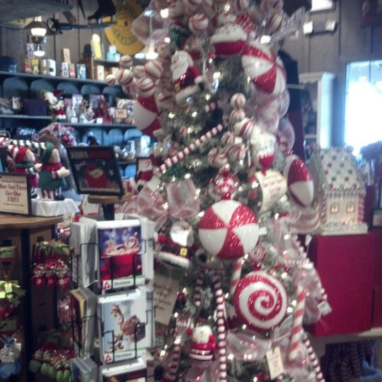 photo taken at cracker barrel old country store by mark y on 1122 - Cracker Barrel Store Christmas Decorations