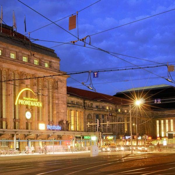 Das Foto wurde bei Promenaden Hauptbahnhof Leipzig von ece projektmanagement co kg am 8/11/2016 aufgenommen