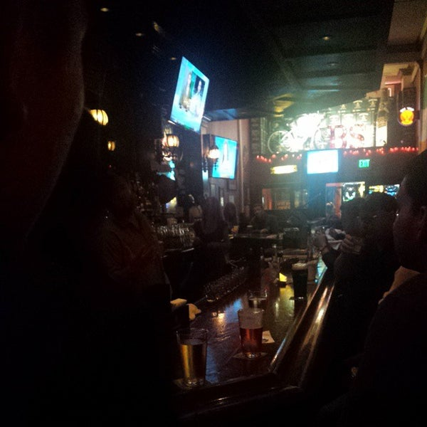 Photo taken at Blarney Stone Bar & Restaurant by Corwin C. on 8/30/2014