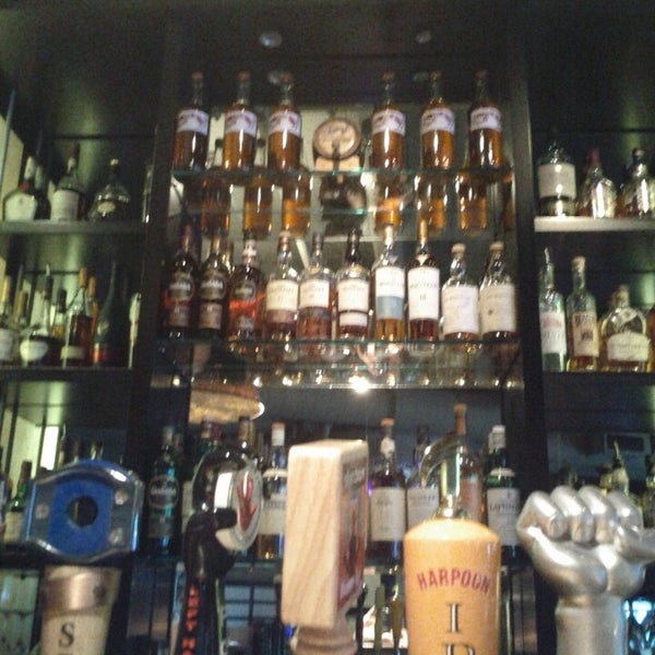 Photo taken at Grafton Street Pub by Denise on 6/2/2013