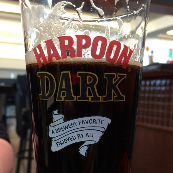 Photo taken at Harpoon Tap Room by Dana H. on 1/12/2016