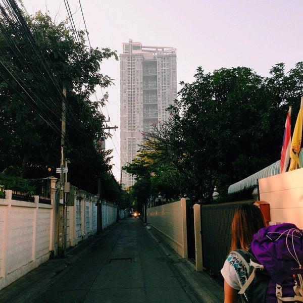 11/25/2014 tarihinde Guilherme N.ziyaretçi tarafından Udee Bangkok Hostel'de çekilen fotoğraf