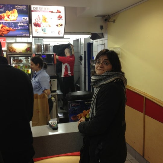 Photo taken at McDonald's by Alen G. on 12/14/2012