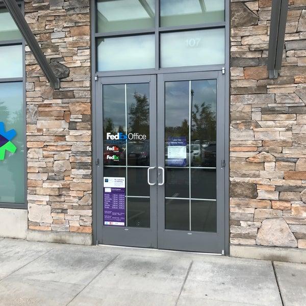 Fedex Office Print Ship Center Downtown Kent 207 W Kent