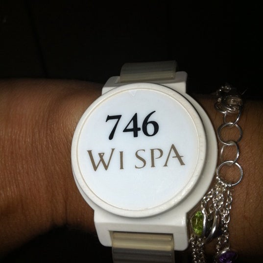 Photo taken at Wi Spa by Claudia C. on 11/25/2012