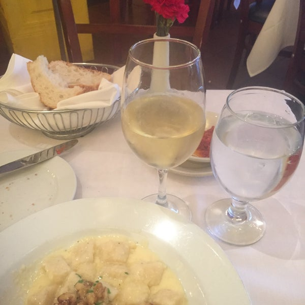 Photo taken at Luce Restaurant & Enoteca by Claudia C. on 10/7/2016