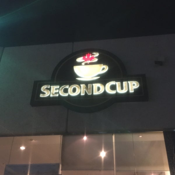 Photo taken at SECOND CUP by Rami on 11/23/2016