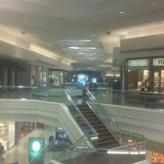 Photo taken at Woodfield Mall by J R G. on 1/25/2013