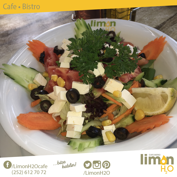 5/5/2016 tarihinde LimonH₂O Cafe Bistroziyaretçi tarafından LimonH₂O Cafe Bistro'de çekilen fotoğraf