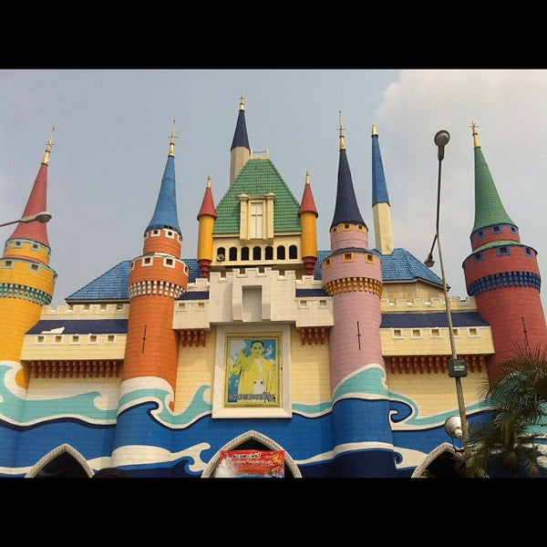 Photo taken at Siam Park City by Takumi K. on 2/10/2013