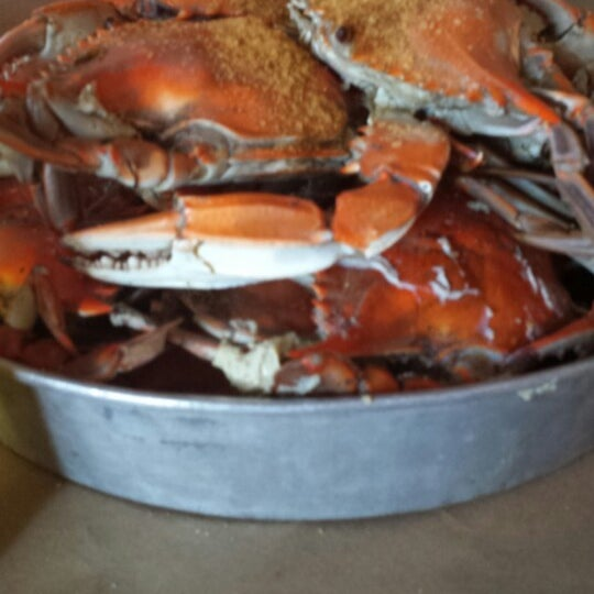 Photo taken at May's Crab & Seafood by Lisa W. on 6/29/2014