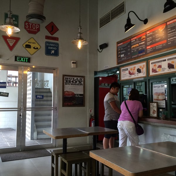 Photo taken at Army Navy Burger + Burrito by Victor D. on 6/3/2016