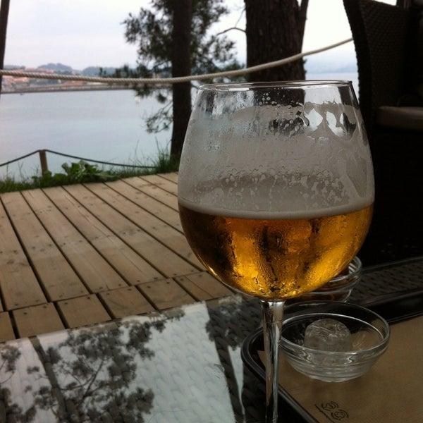 Foto tomada en Gassho Sanxenxo Lounge Bar-Café por Juan Luis H. el 7/4/2014
