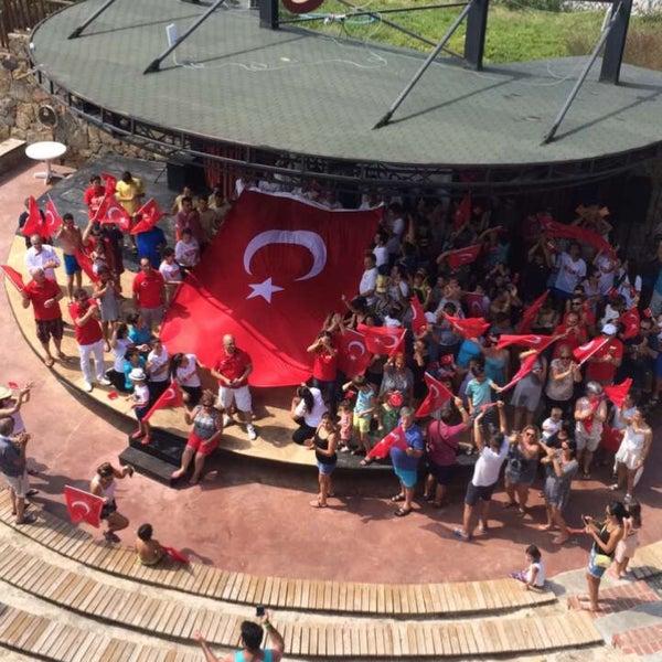 รูปภาพถ่ายที่ Ulu Resort Hotel โดย Oğuzhan M. เมื่อ 8/30/2017