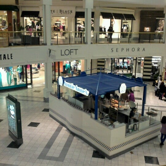 Oct 02, · The Mall at Green Hills of Nashville. I love the Mall at Green Hills, rewards program. Every time you spend $ from one purchase or several together, you earn $20 in /5().