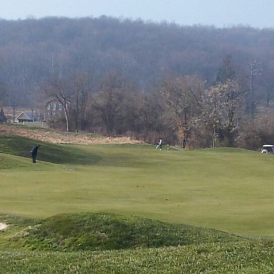 Photo taken at Raspberry Falls Golf & Hunt Club by Sterling A. on 12/1/2012