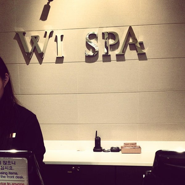 Photo taken at Wi Spa by Umba Peggy M. on 1/15/2013