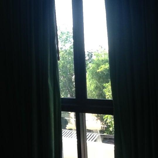 Photo taken at Golden Beach Hotel by Sakarin S. on 12/9/2012