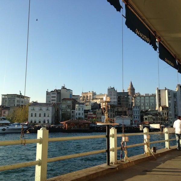 4/20/2013 tarihinde Ozge N.ziyaretçi tarafından Galata On Numara'de çekilen fotoğraf